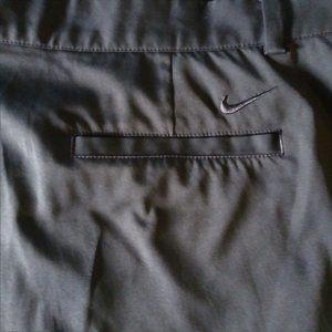 EUC Men's Nike Dri-Fit Golf Shorts Black 40